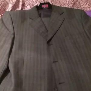 Mens 4 button suit